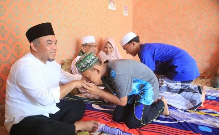 Bupati Labuhanbatu Bersilaturahmi dengan Syekh Ahmad Arifin di Kecamatan Panai Hulu