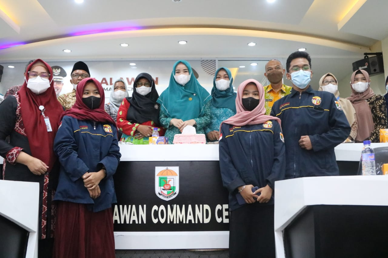 Ketua Tim Penggerak PKK Kabupaten Pelalawan Terima Penghargaan Pratama KLA
