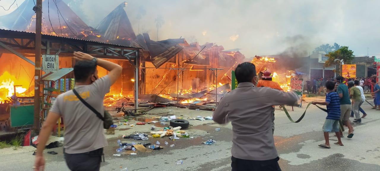 Ruko di Pelalawan Ludes Terbakar