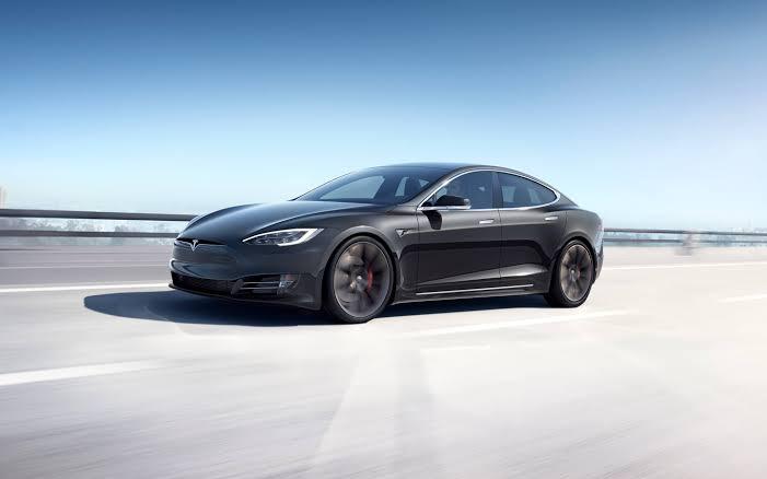 5 Fakta Mencengangkan Tentang Mobil Tesla Yang Belum Kamu Tahu