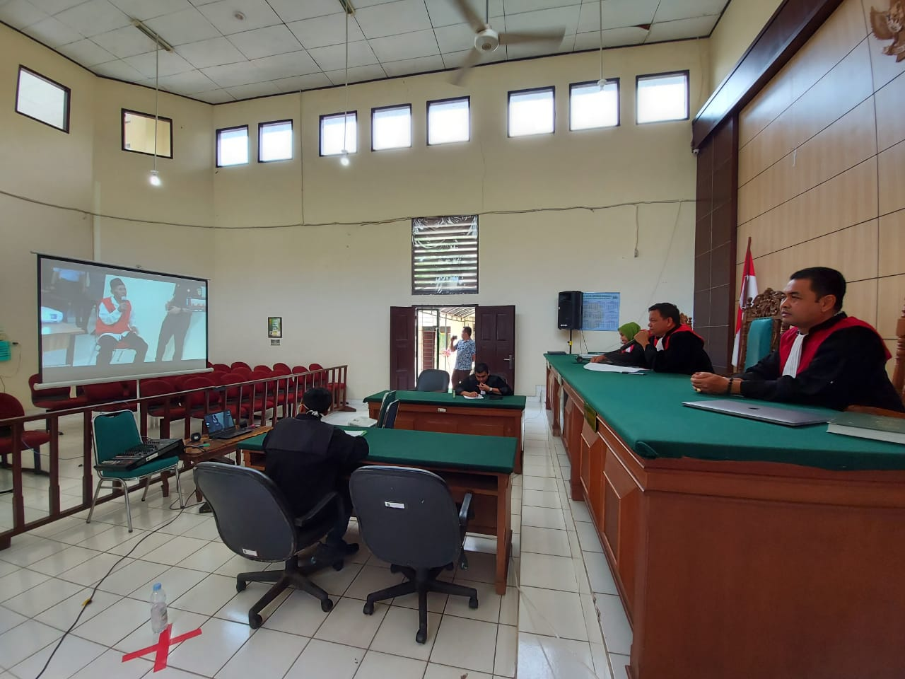 PN Pelalawan Gelar Sidang Jarak Jauh Gunakan Vidio Conference