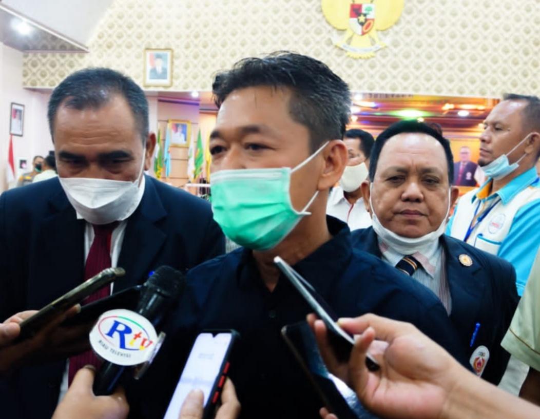Bupati Perintahkan Seluruh Pejabat Sampai Kepala Desa di Rohil Wajib Gunakan Medsos