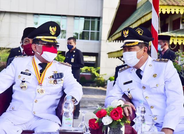 Bupati Wardan Jadi Irup Pengibaran Bendera HUT RI ke-75 Inhil