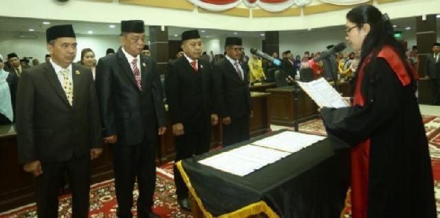 Empat Unsur Pimpinan DPRD Inhil Masa Jabatan 2019-2024 Resmi Dilantik