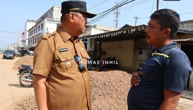 Wabup Inhil Tinjau Pekerjaan Pembangunan Ruas Jalan Kota Tembilahan