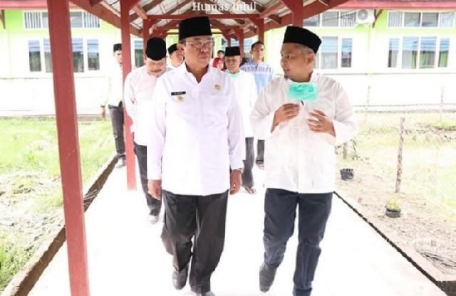 Bupati Inhil Resmikan Mushola RSUD Tengku Sulung