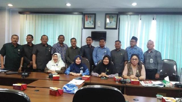 Komisi III DPRD Pekanbaru Hearing dengan Disdik, Bahas Masalah Zonasi Sekolah